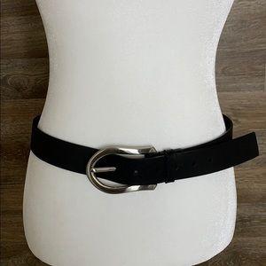 Express • black leather belt